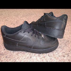 All Black Air Force 1